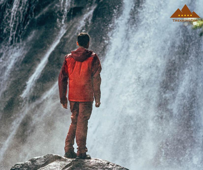 chaqueta-impermeable-montana-hombre