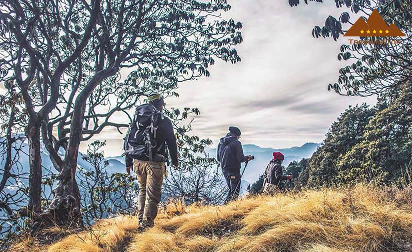 pantalones-trekking-ruta-sin-lluvia