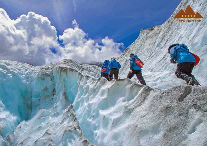trekking-montanismo-glaciar